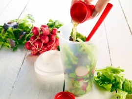 Salátás pohár