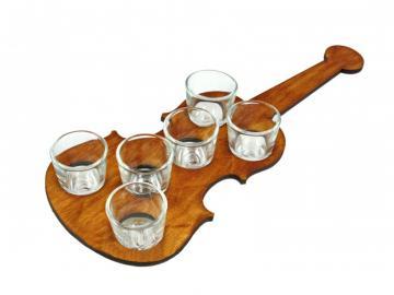 Feles kínáló hegedű