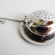 Hold formájú teafilter